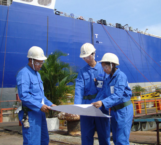 مهام مهندس بحري